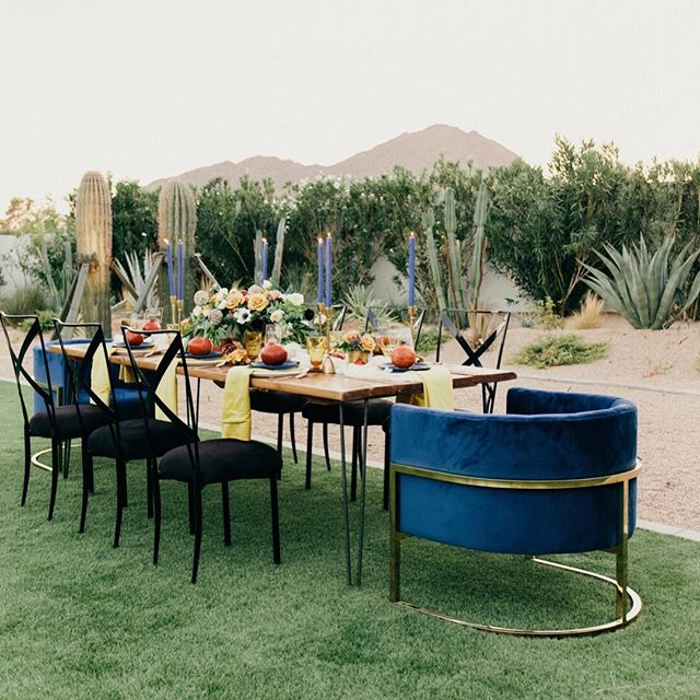 Wow, ok. Well I just pinned down my New Year's Eve Party inspo 🖤🖤💙💛🖤🖤 Planners:@krysta.slic@steph.slic @somelikeitclassic Venue:@andazscottsdale Floral:@mintgreendesign Fashion:@bellalilybridal@celebtuxntails Hair/Makeup and Models:@blendidskincare Photography:@meganclairephoto Furniture:@primrentals@dang.finerentals Rentals:@materialgirlsweddings@brighteventrentals  Linens:@latavolalinen