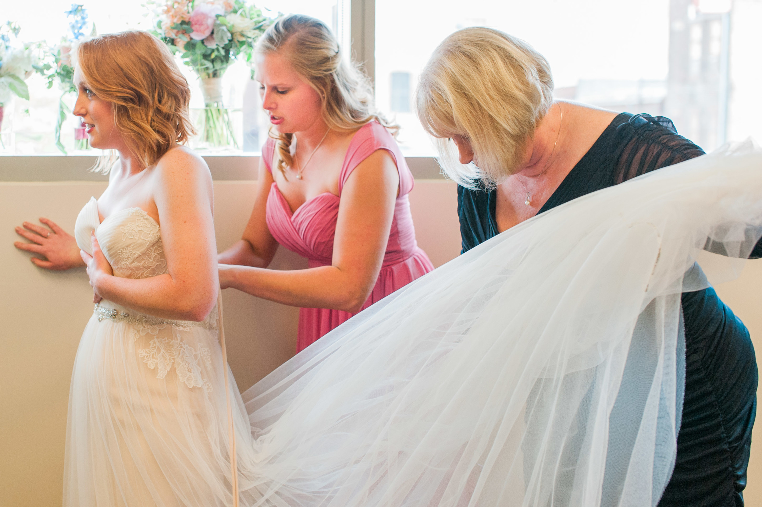omaha-holland-arts-center-wedding-19.jpg
