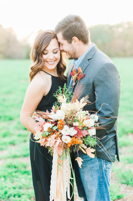 omaha-engagements-outdoor-fall-florists-22.jpg
