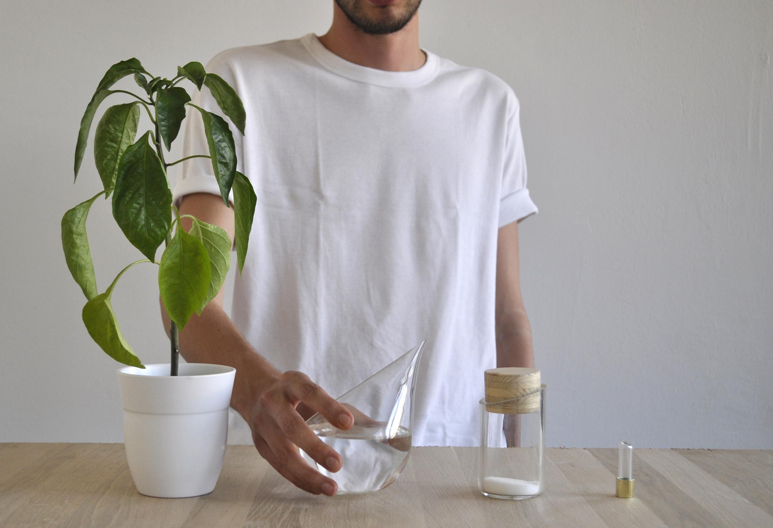 glass med person.jpg