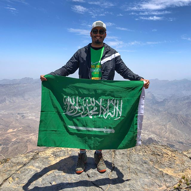 "I made a promise to my self beginning of this year to do things that will make me uncomfortable, to put my self in situations that will make me a better person coming out of the other side. 10 k up and another 10 k down Jabal shams was the first of those experiences that has completely changed me as a person and helped change my perspective on life, a special thanks to @husaak for organizing such an amazing challenge and a huge shoutout to my wife @sumayashelbi, my family and all the amazing friends (@faisalyacoub @running_changed_me @mykindofridays @faalsamari ) who kept cheering me on along the way"" #noexcuses #saudi #oman #outdoor #husaak"
