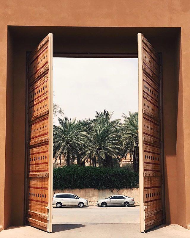 #riyadh #saudiarabia #saudiarabia #phonartsaudi #street #photooftheday #art #iphoneonly #shotoniphone #vsco #vscocam