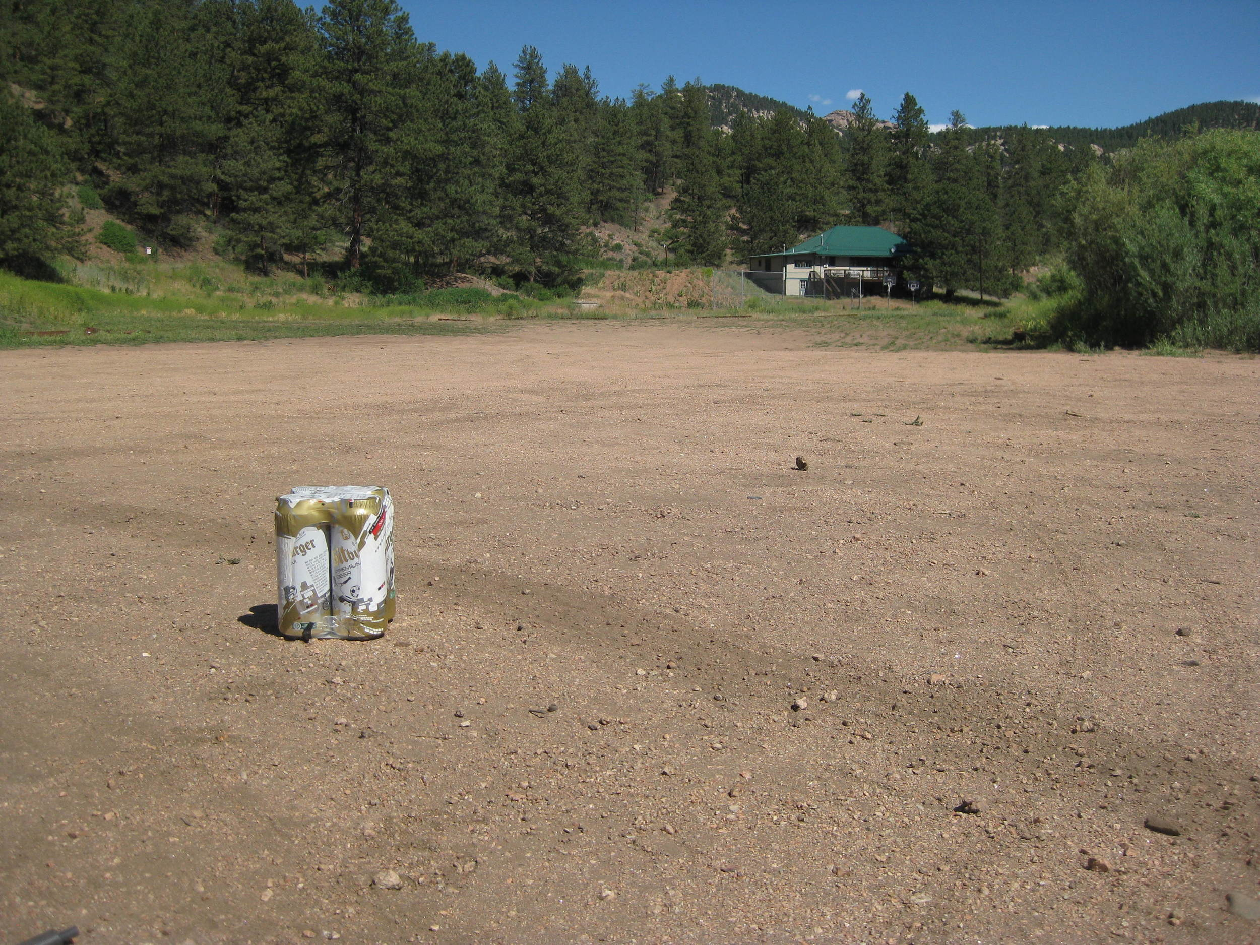 Mondays: the Buff Creek parking lot is (almost) empty.