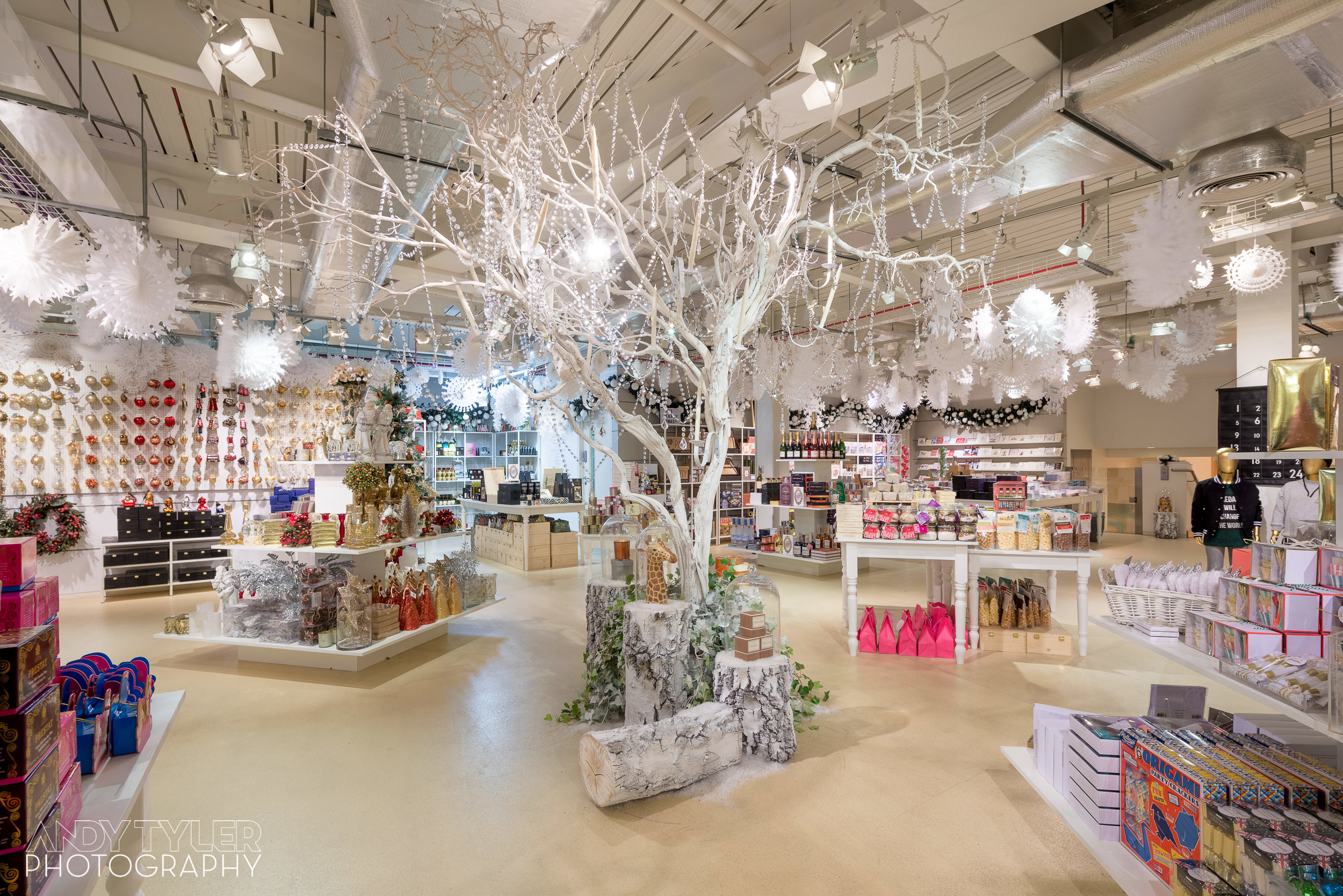 Andy_Tyler_Photography_Luxury_Retail_Interior_006_Andy_Tyler_Photography_048-5DB_7667.jpg