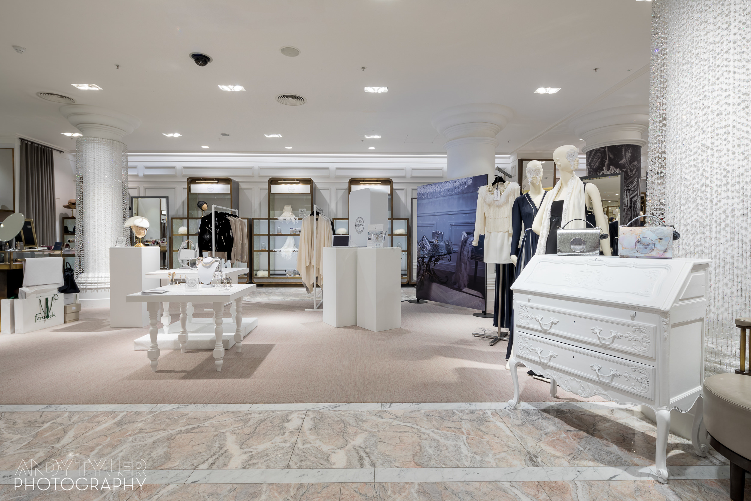 Andy_Tyler_Photography_Luxury_Retail_Interior_008_Andy_Tyler_Photography_073-5DB_7784.jpg
