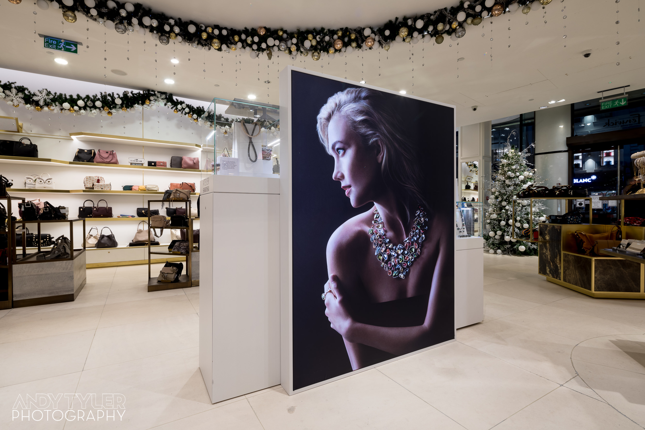 Andy_Tyler_Photography_Luxury_Retail_Interior_009_Andy_Tyler_Photography_089-5DB_7863.jpg