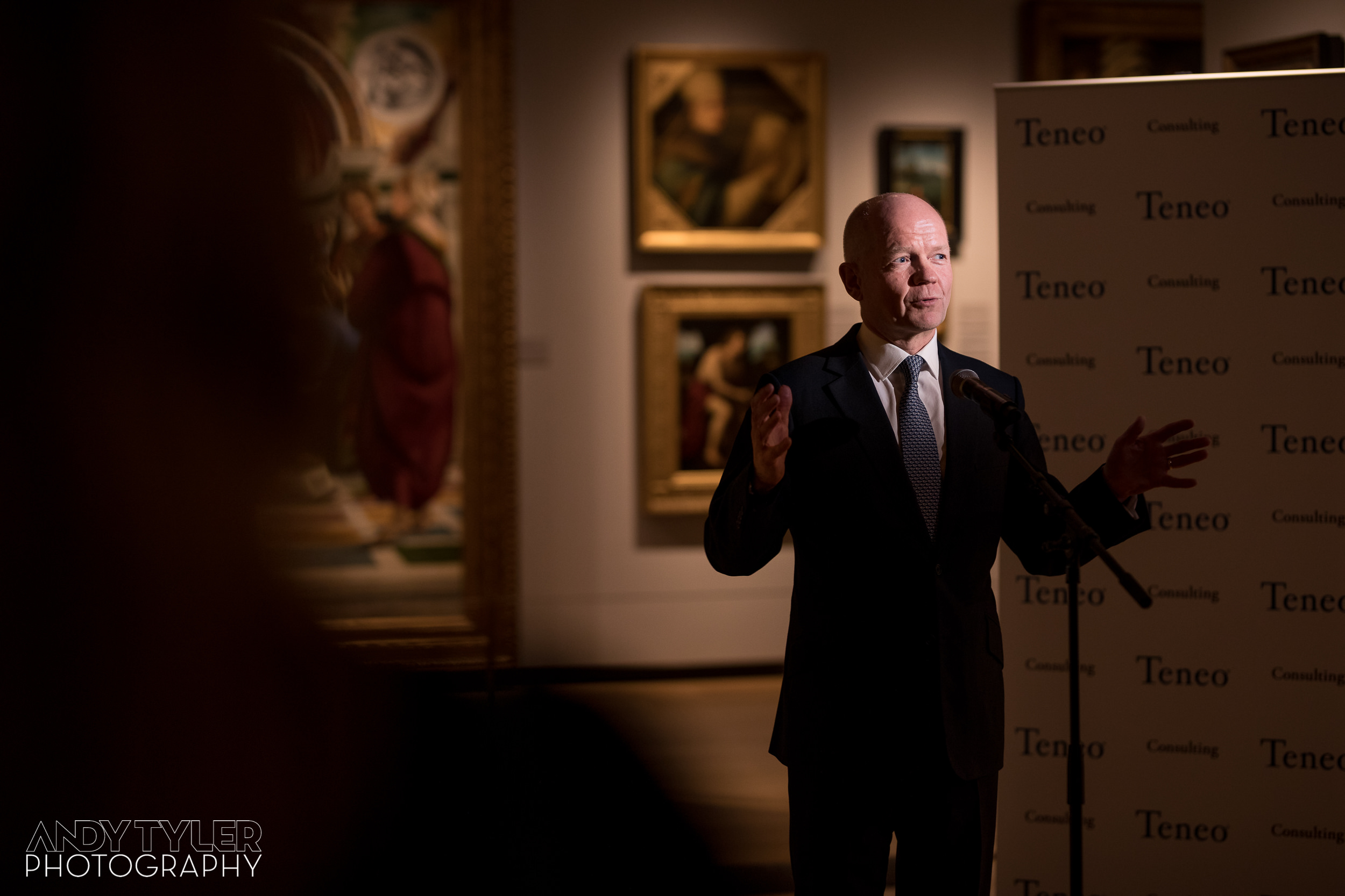 Andy_Tyler_Photography_London_Corporate_Reception_016_Andy_Tyler_Photography_Teneo_National_Gallery_100_5DA_5104.jpg