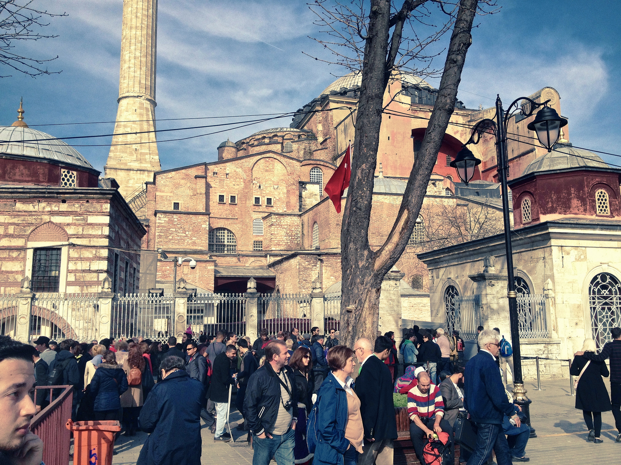 Tourists in front of Aya Sofya
