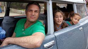 Infinitely Polar Bear, Directed by:Maya Forbes    Principal Cast:Mark Ruffalo, Zoe Saldana, Imogene Wolodarsky, Ashley Aufderheide