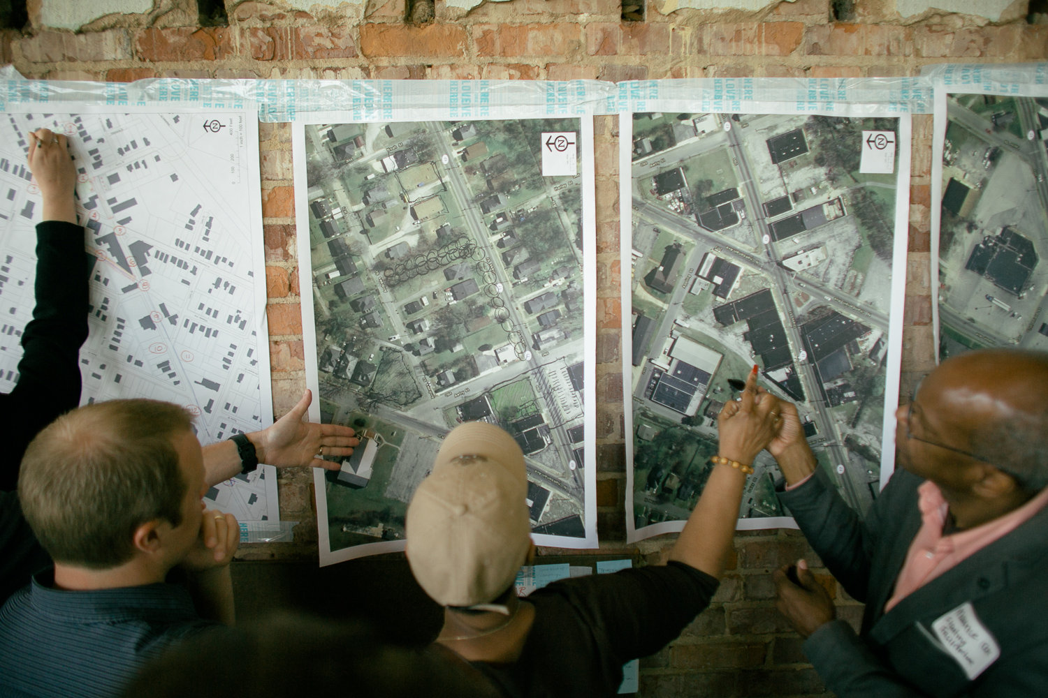 Portland urban designer Will Dowdy and neighborhood business owner Kim Bonds discussed tactics for the future of Glass Street with Maurice Cox, associate dean for community engagement at the Tulane University School of Architecture. (Credit:  Our Ampersand Photography )