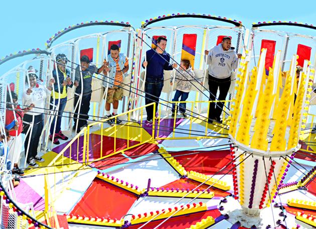 FR-Thurtene-Carnival-Twister.jpg