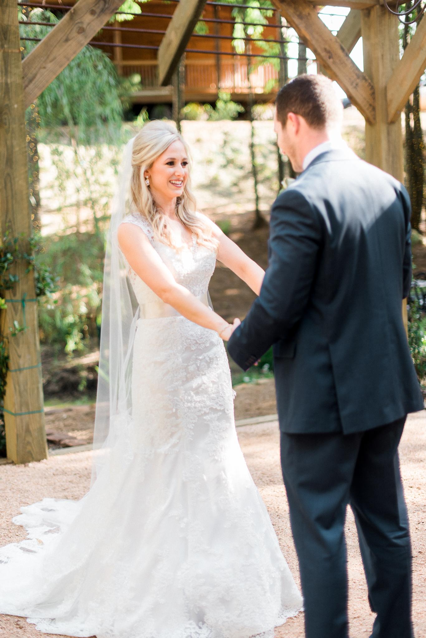Austin_Fine _Art_Wedding_Photographer_ Justin_Douglas_ First_Look_011.jpg