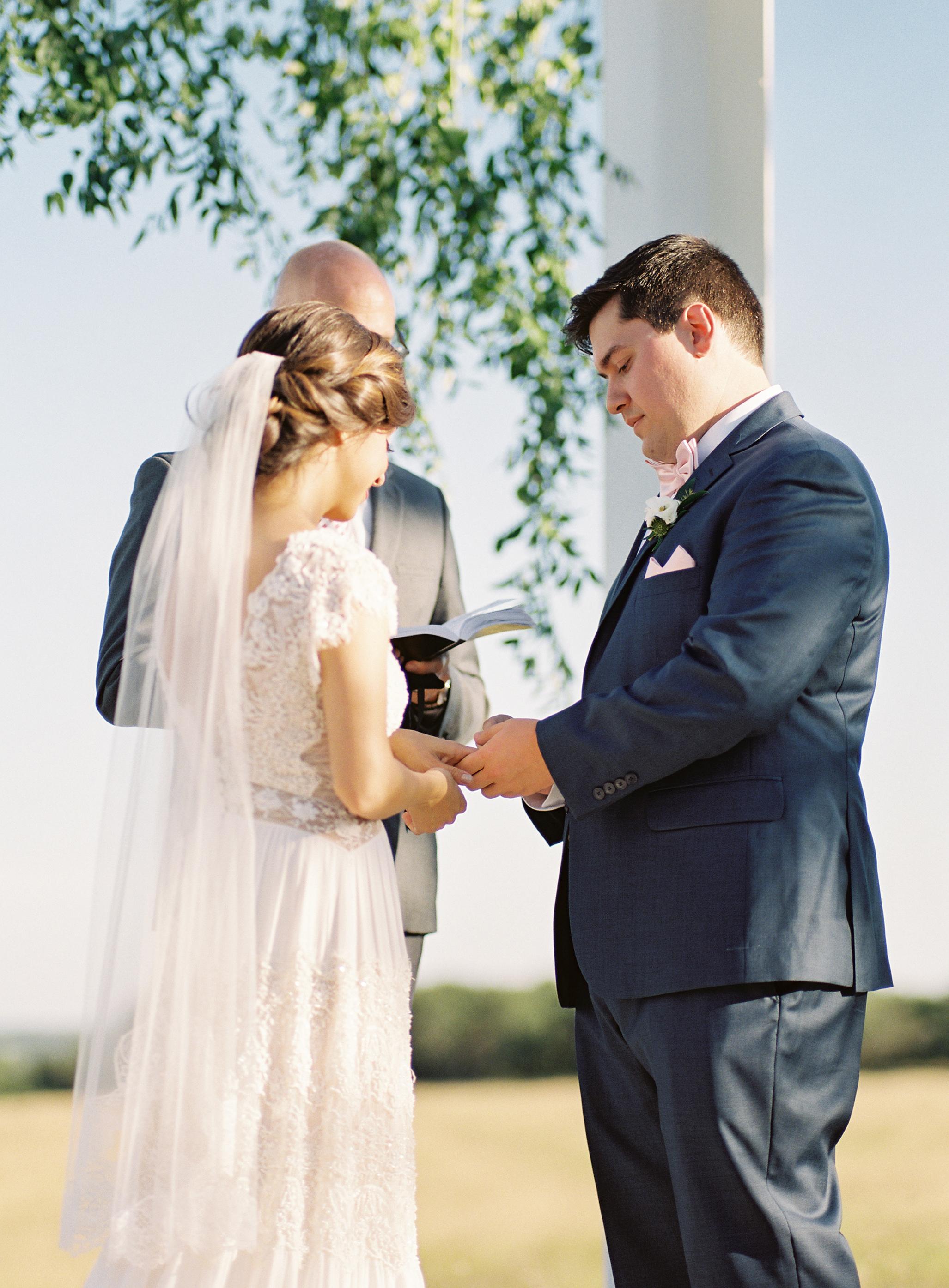 austin wedding planner prospect house altar