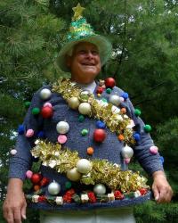 8-tree-ugly-christmas-sweater-600-356x446.jpg