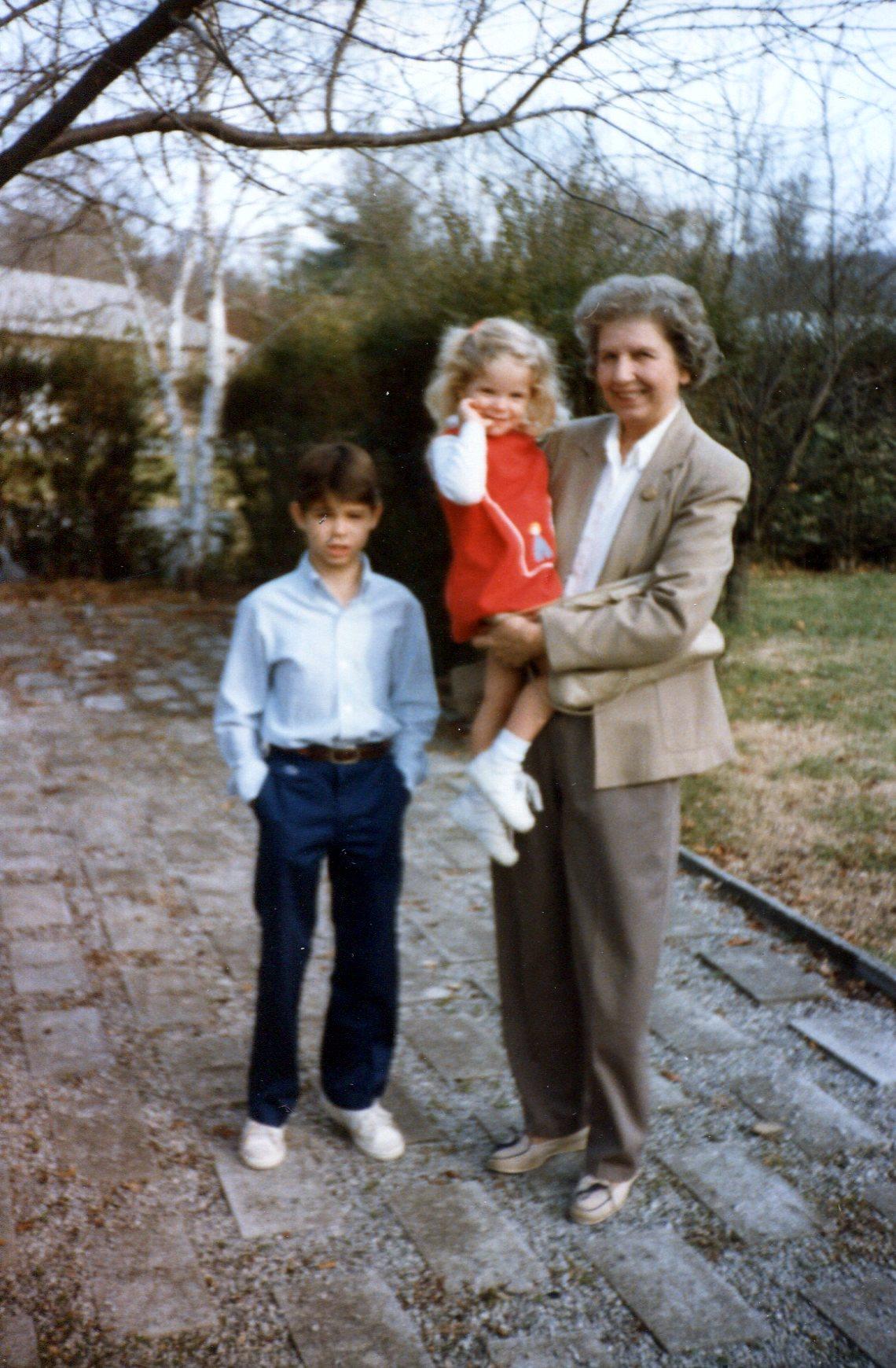 Ed, Jennifer, Mama.jpg