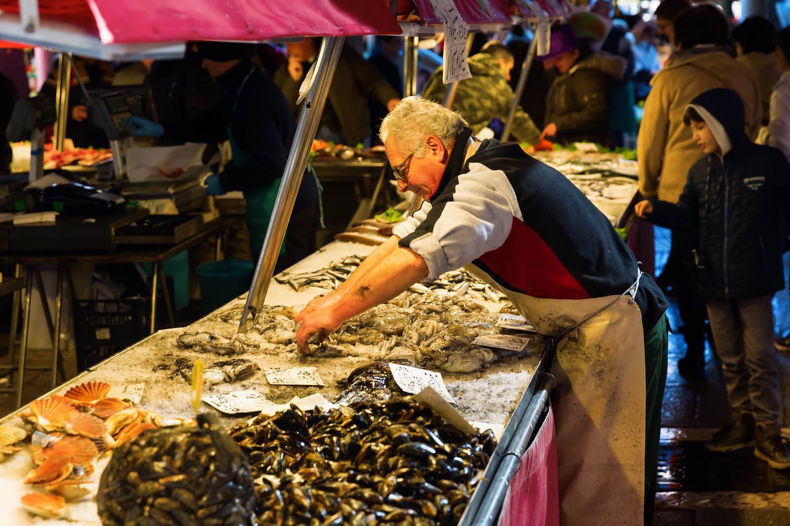 Rialto-market-venice-pescheria.jpg