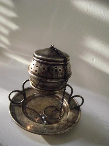 teacup2cb.jpg