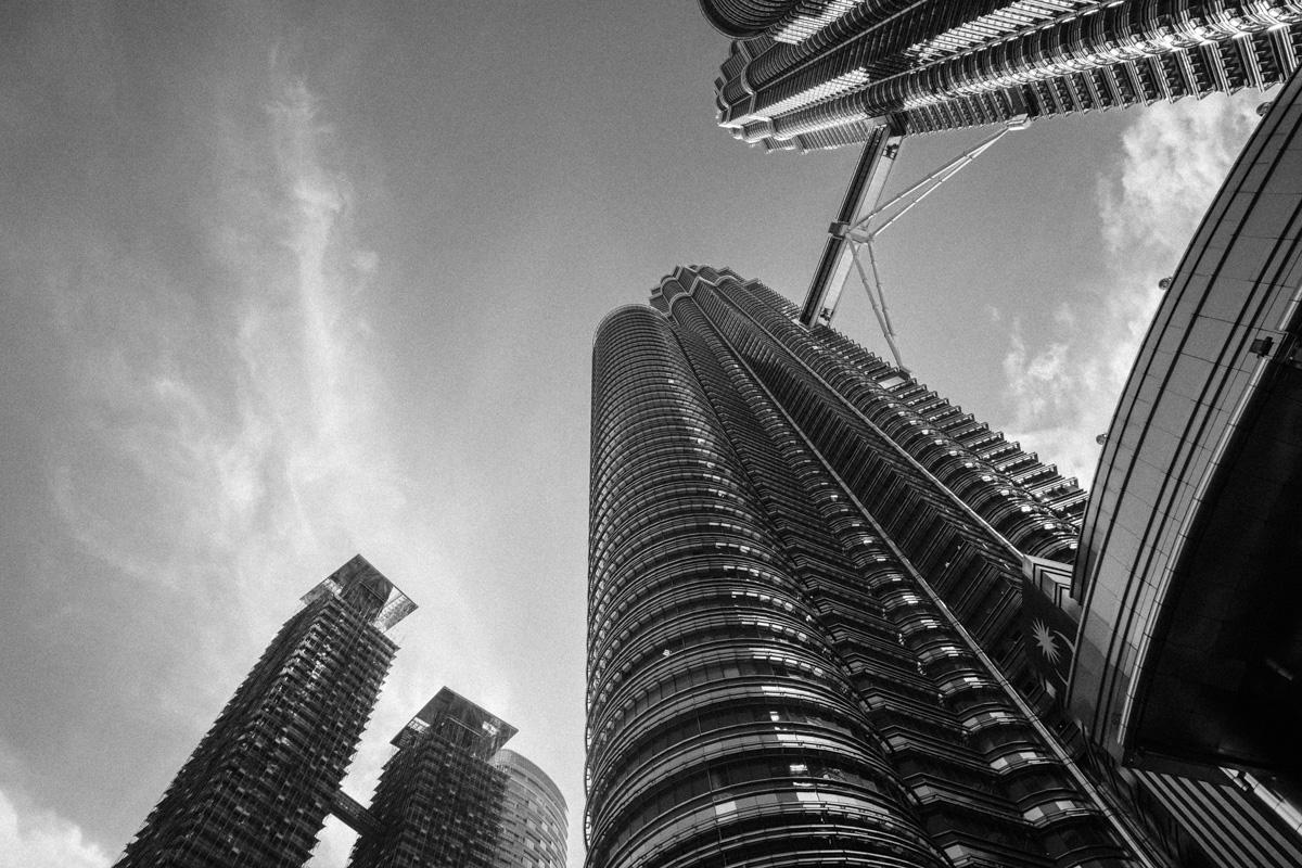 Petronas Towers, Kuala Lumpur. Architect: César Pelli.