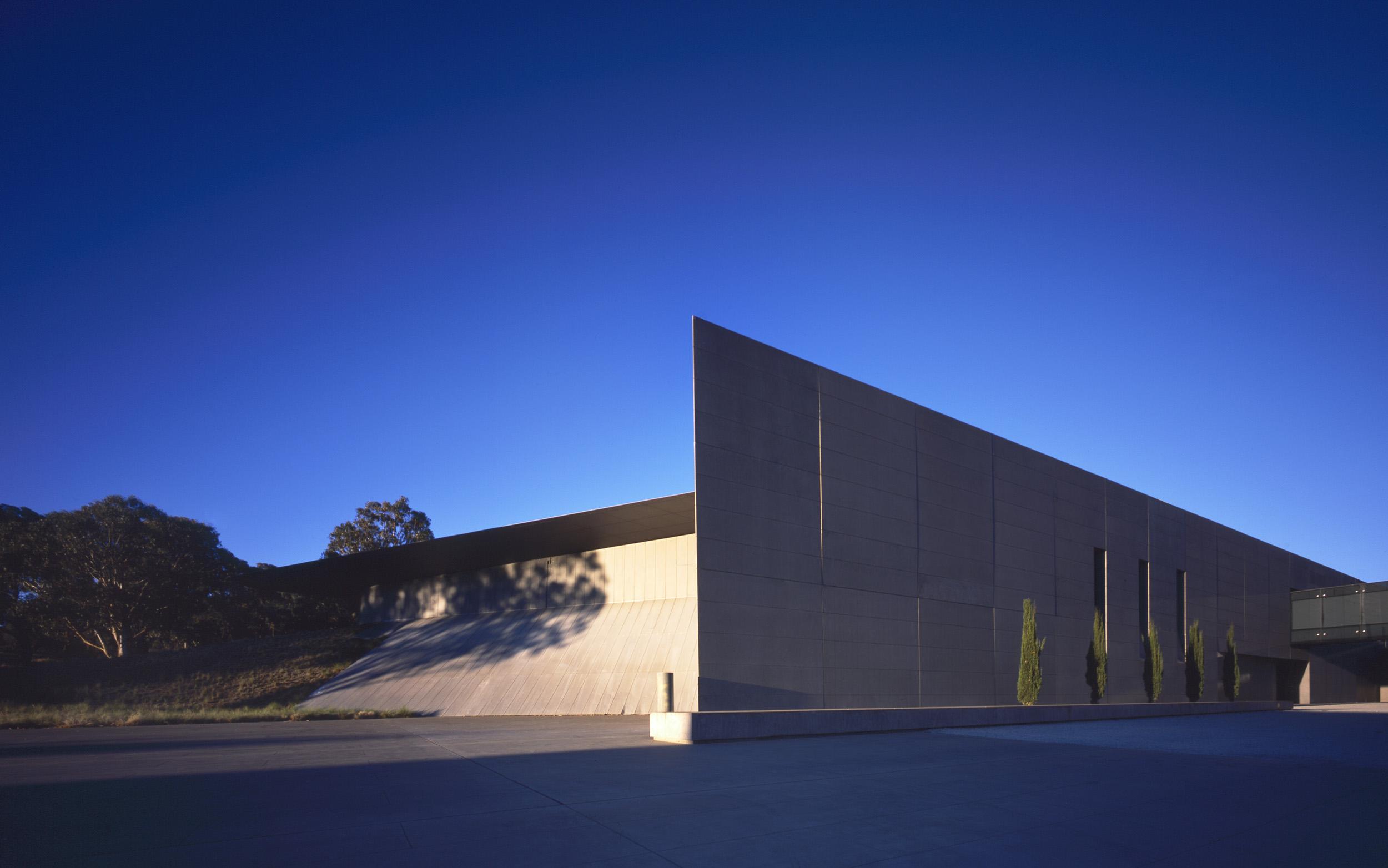 ANZAC HALL, CANBERRA