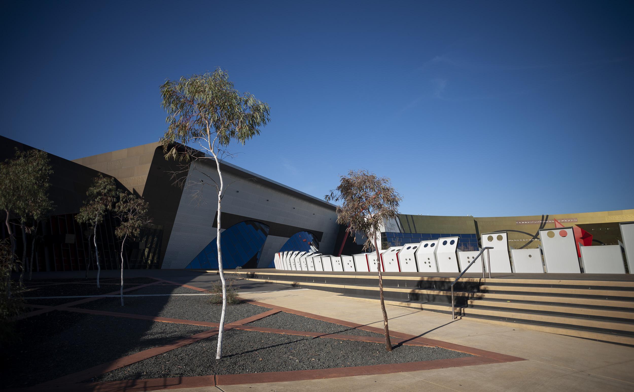 national-museum-of-australia-canberra_03.jpg