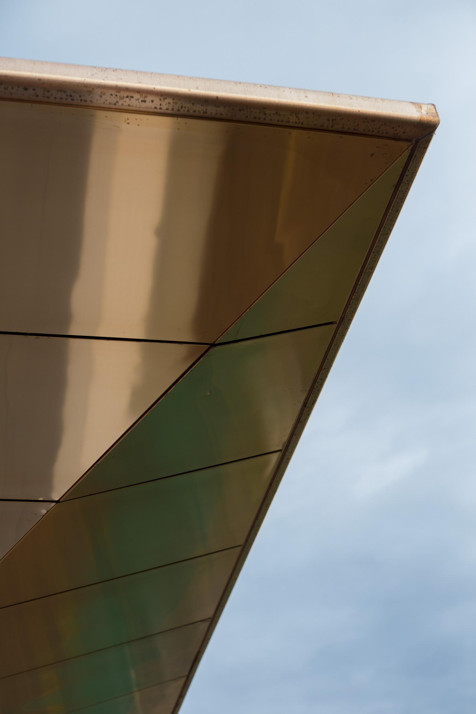 grimshaw_architects_light _rail_sydney_05.jpg