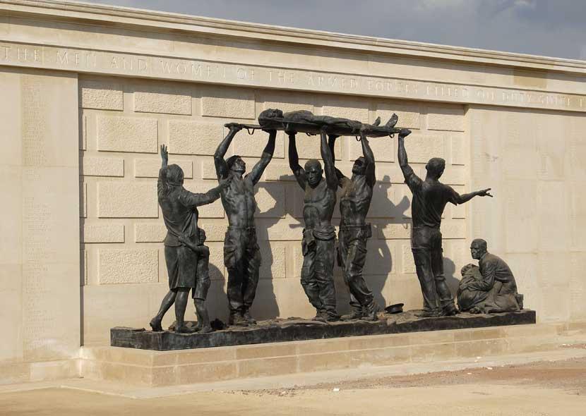 afm-dedic-statues-afm.jpg