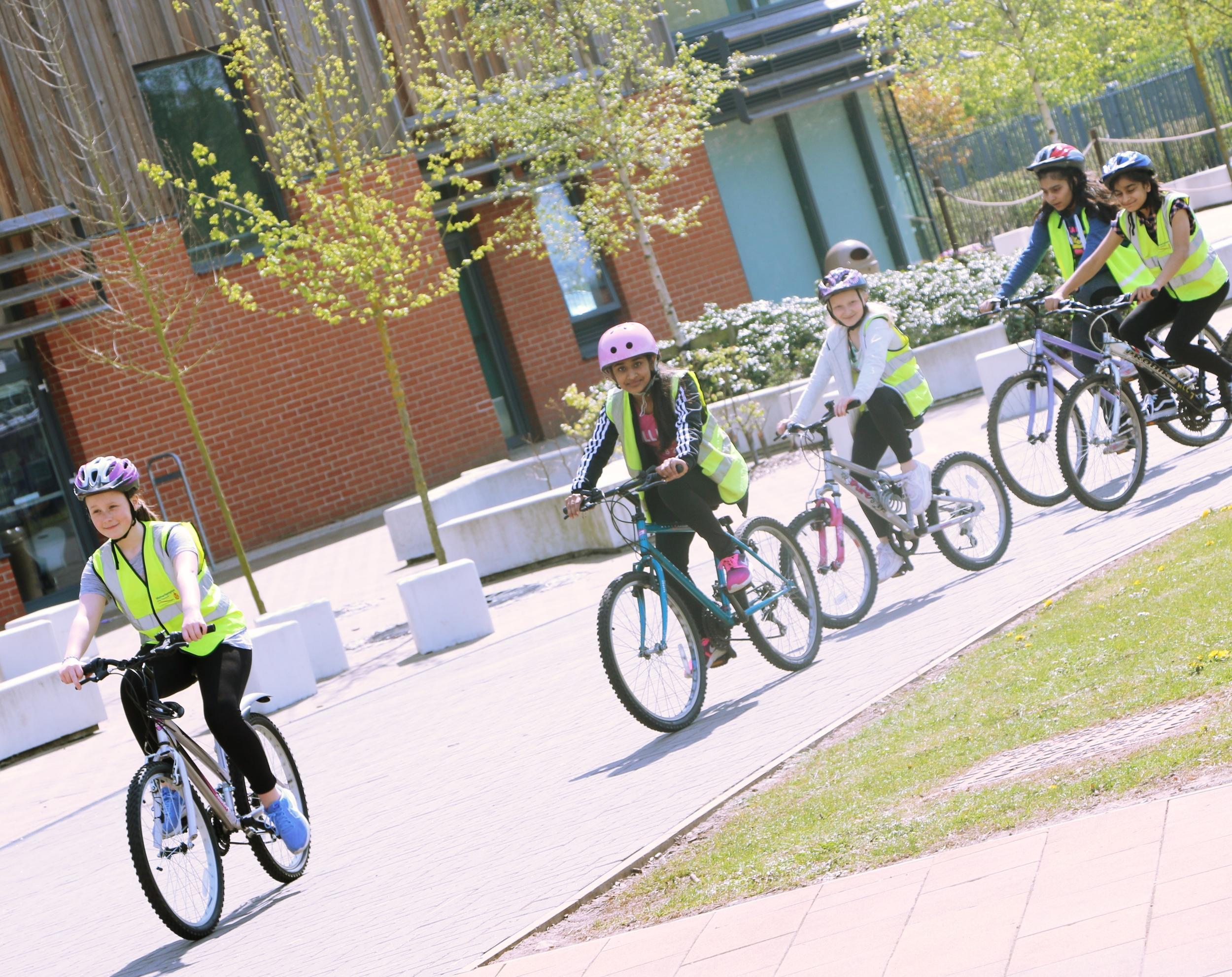 bike3_Fotor.jpg