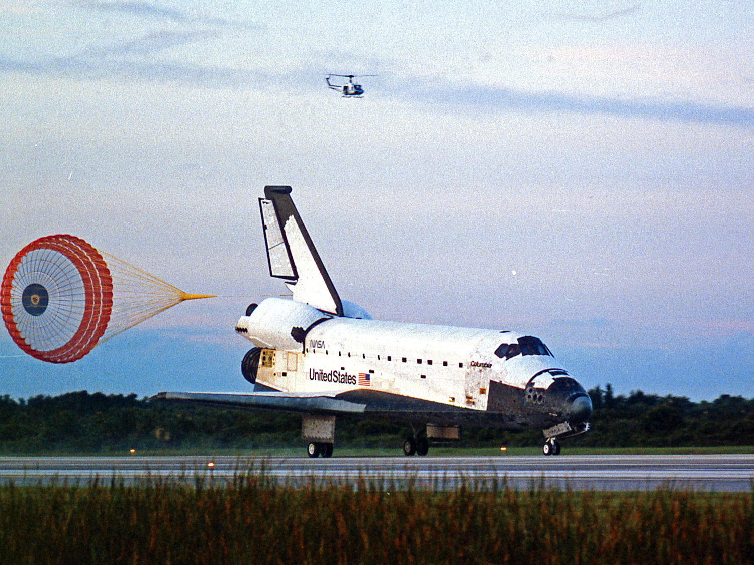 Landing of Columbia at KSC on July 23, 1994.