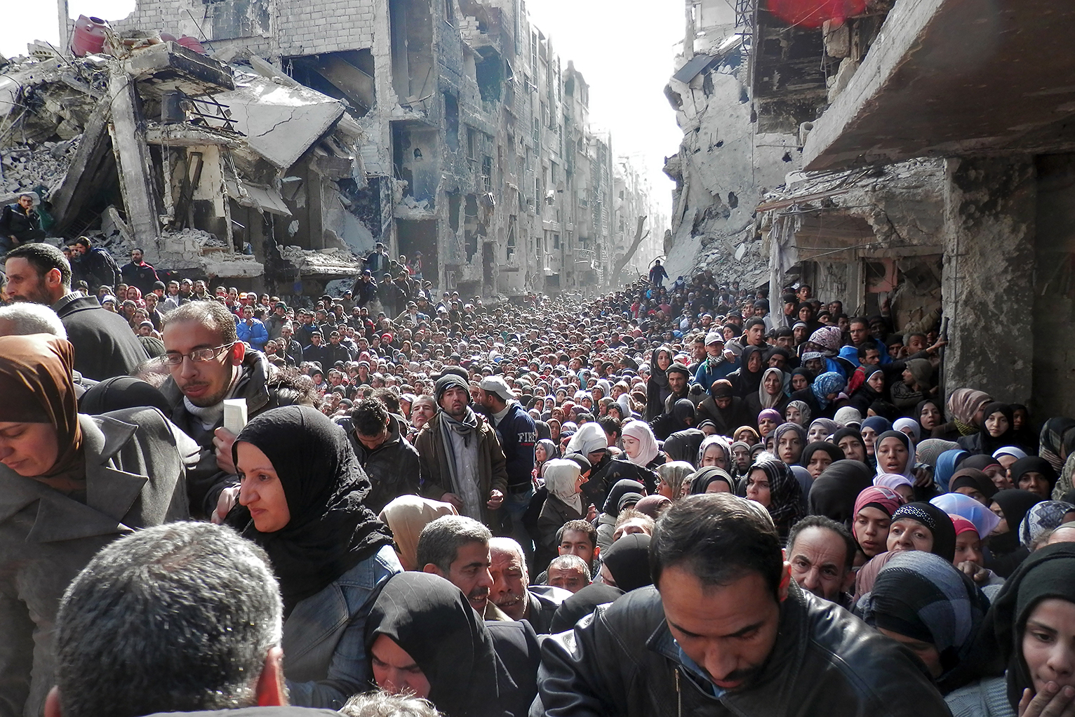 Syrian refugees leaving Aleppo.