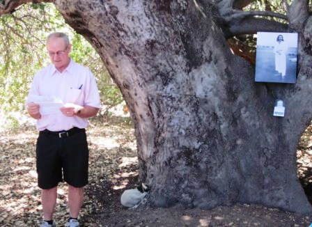 """SAM ERVIN shares his poem, """"What the Hawk Saw,"""" at the 2010 Anniversary Celebration of Avatar Meher Baba's 1956 visit. (Wayne Myers photo.)"""