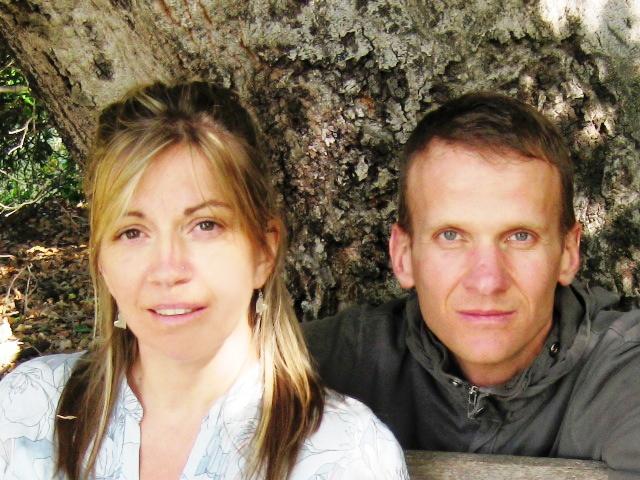 SAMANTHA & LESLIE BRIDGER under Baba's Tree at Meher Mount, 2010.