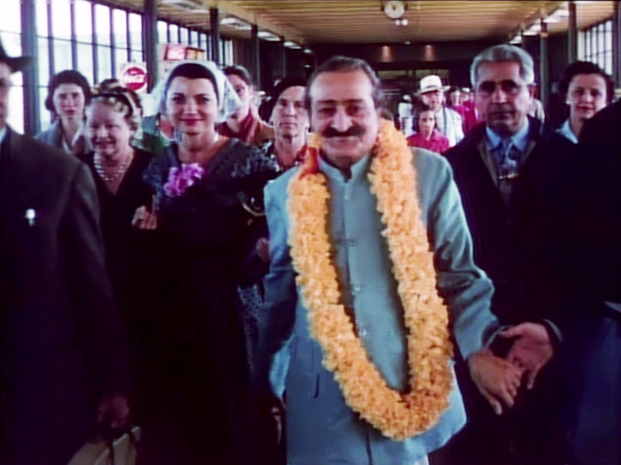 AVATAR MEHER BABA arriving at San Francisco Airport in August 1956. With Him (left: Leatrice Shaw Johnston, Bili Eaton (with the white scarf), Kitty Davy (with the black beret), and Adi K. Irani. (Source: Meher Baba Travels)