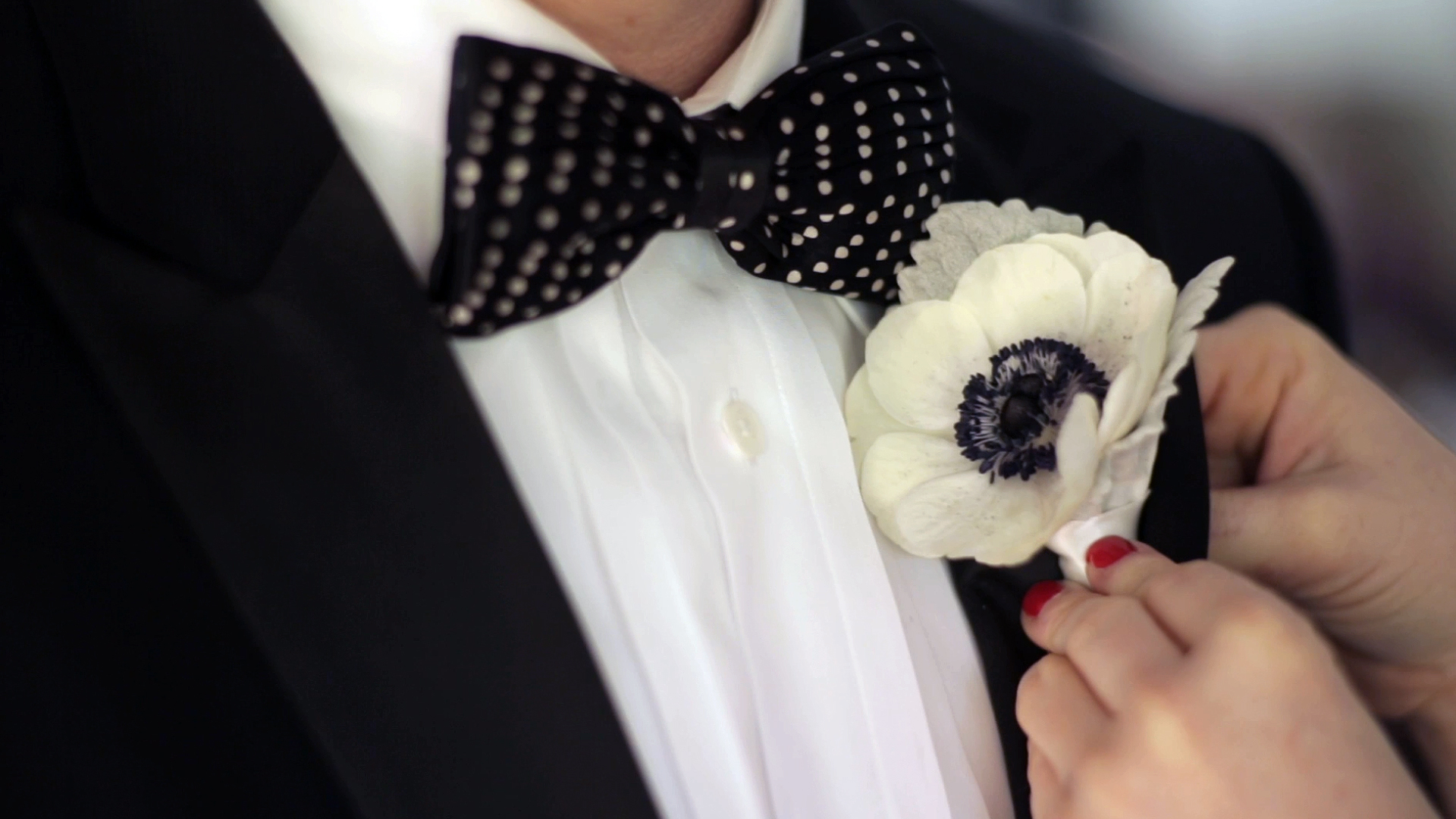 chelseabrian-boutonniere.jpg