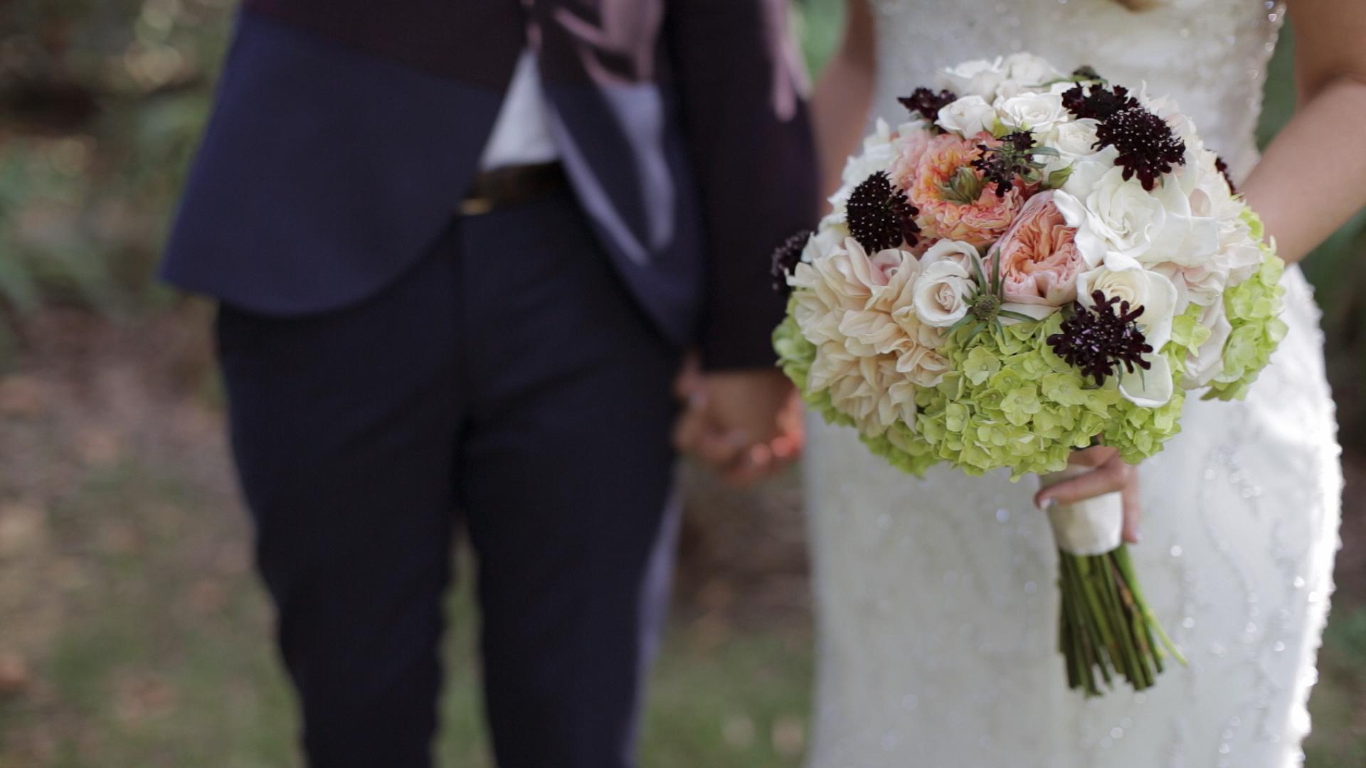 laurynandrew-bouquet.jpg