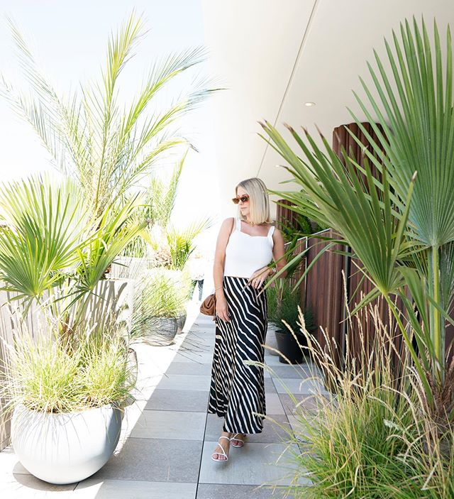 Adding a bit of jungle green to my page 〰️ pc by @jessveephotography #properhotelsantamonica #newbottega #mylooks #instablogger #stylediaries #sliceofvice #lookbook #summerstyle #fashioninspo #bloggerfashion #whatimwearing #styleinspo #outfitideas #outfitinspo #trendingfashion #bloggerstyle #fashionblogger #trendingfashion #instyle #personalstyle #fashionblogger #summerfashion #instablogger #styledbyme #trendingstyle