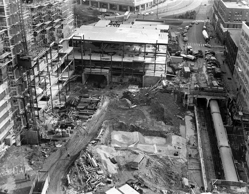 CRA-HistoricPhoto-Construction.jpg