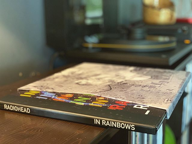 Super excited about this one. 45rpm LP/CD box set of Radiohead's 'In Rainbows.' A 2007 pre-order only release from the WASTE site.  #recordcollection #radiohead #vinyl #ultradeck #quadvena2 #sumikostarling #audiophile
