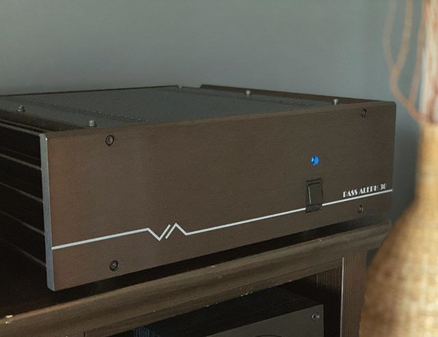 Unreasonably excited to have this new centerpiece in my Hi-Fi setup. A @pass_labs Aleph 30, recently refurbished by Pass themselves. A single-ended 30w class A amp designed in the late 90's by legendary audio designer Nelson Pass. I will never own a piece of equipment better than this. Unbelievable. . . #audiophile #amplifiers #passlabs #singleended #mosfet #hifiaudio #nelsonpass #renohifi