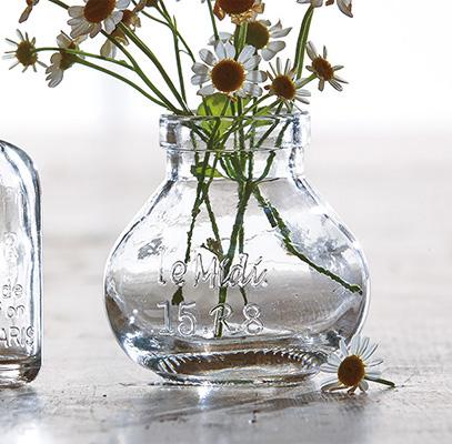 tiny bulb bud vase