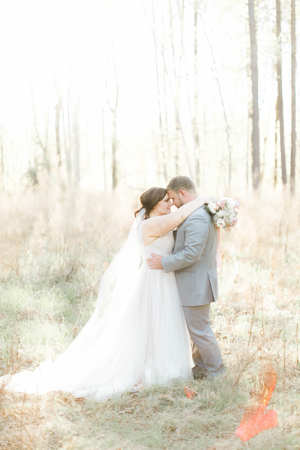 Caroline and Noah Real Wedding  Photo By Jordan Maunder  Featured on Pretty Pear Bride