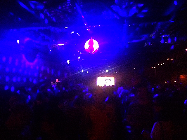 Quest Love spinning at the Brooklyn Bowl.