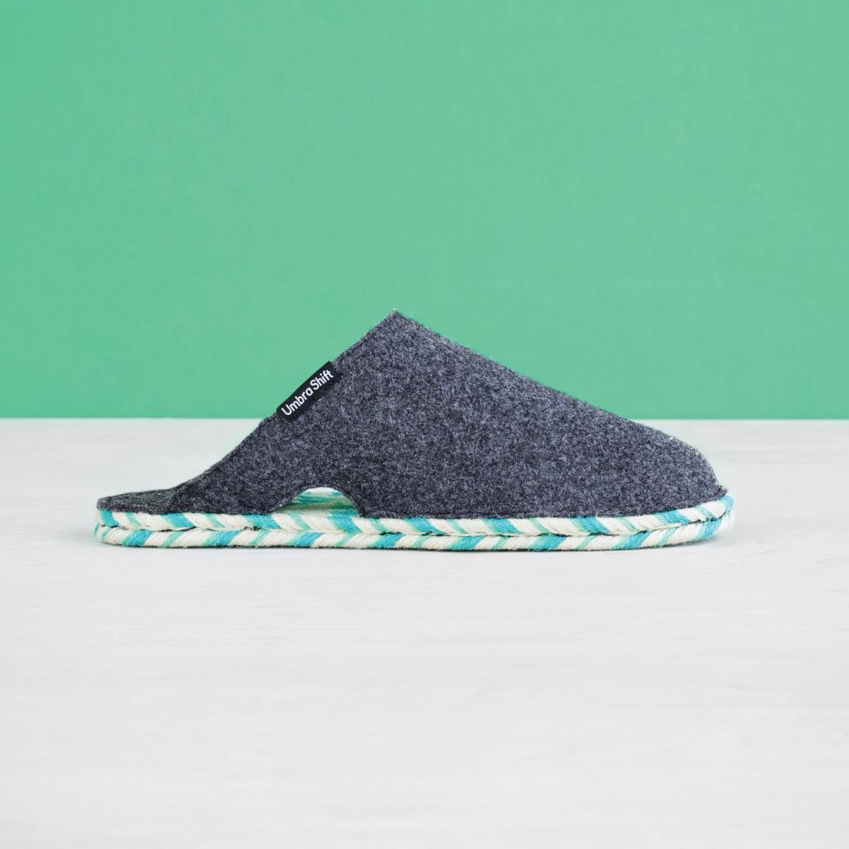 880130-555-felt_house_slippers-001_3_1.jpg