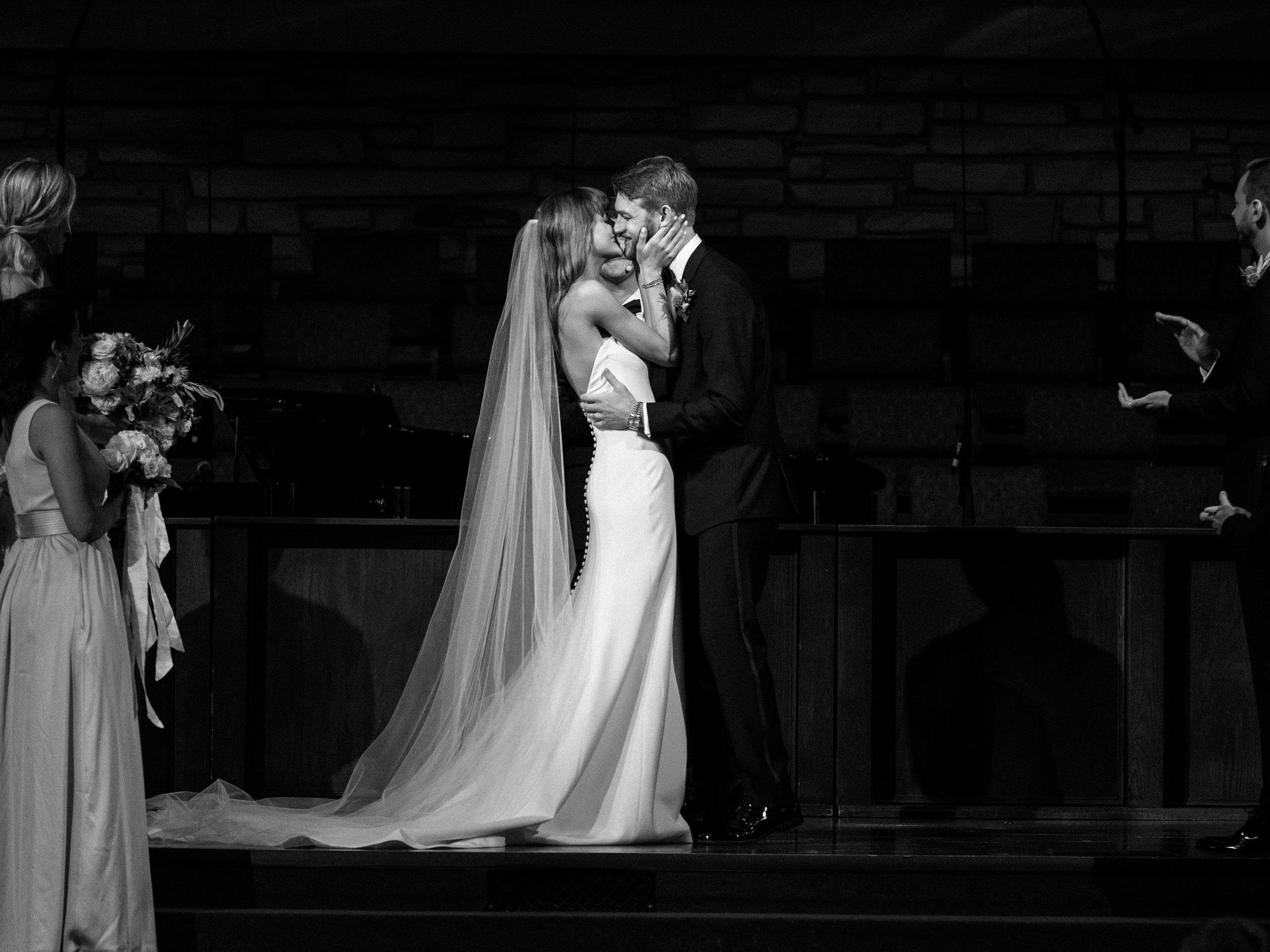 OKC Skirvin wedding-15.jpg