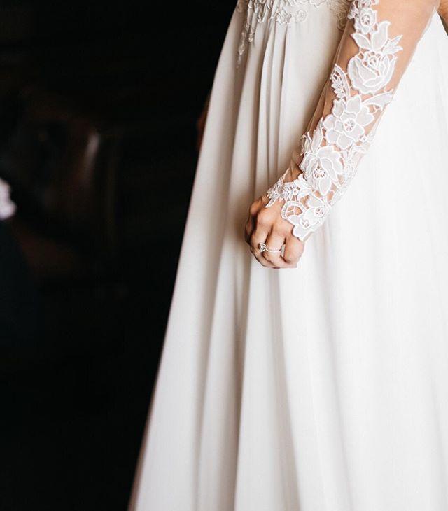 That nervous finger twitch when she puts the dress on before the ceremony. It says a lot. @aislebewithyouweddings #bridesofok #wedding #weddingphotographer #okweddingphotographer #embracethegrain #junebugweddings #weddingchicks #35to220  #soloverly #engaged #thebridalstory #southernweddings #greenweddingshoes #justmarried #marthaweddings #weddinginspo #engagementphotos #lookslikefilm  #documentaryweddingphotography #huffpostido #theknot#ohwowyes #aisleperfect #insideweddings #engagementphotographer #engagementphotography#ruffledworthy #oklahomaweddingphotographer #lightinspired #letrealhappen