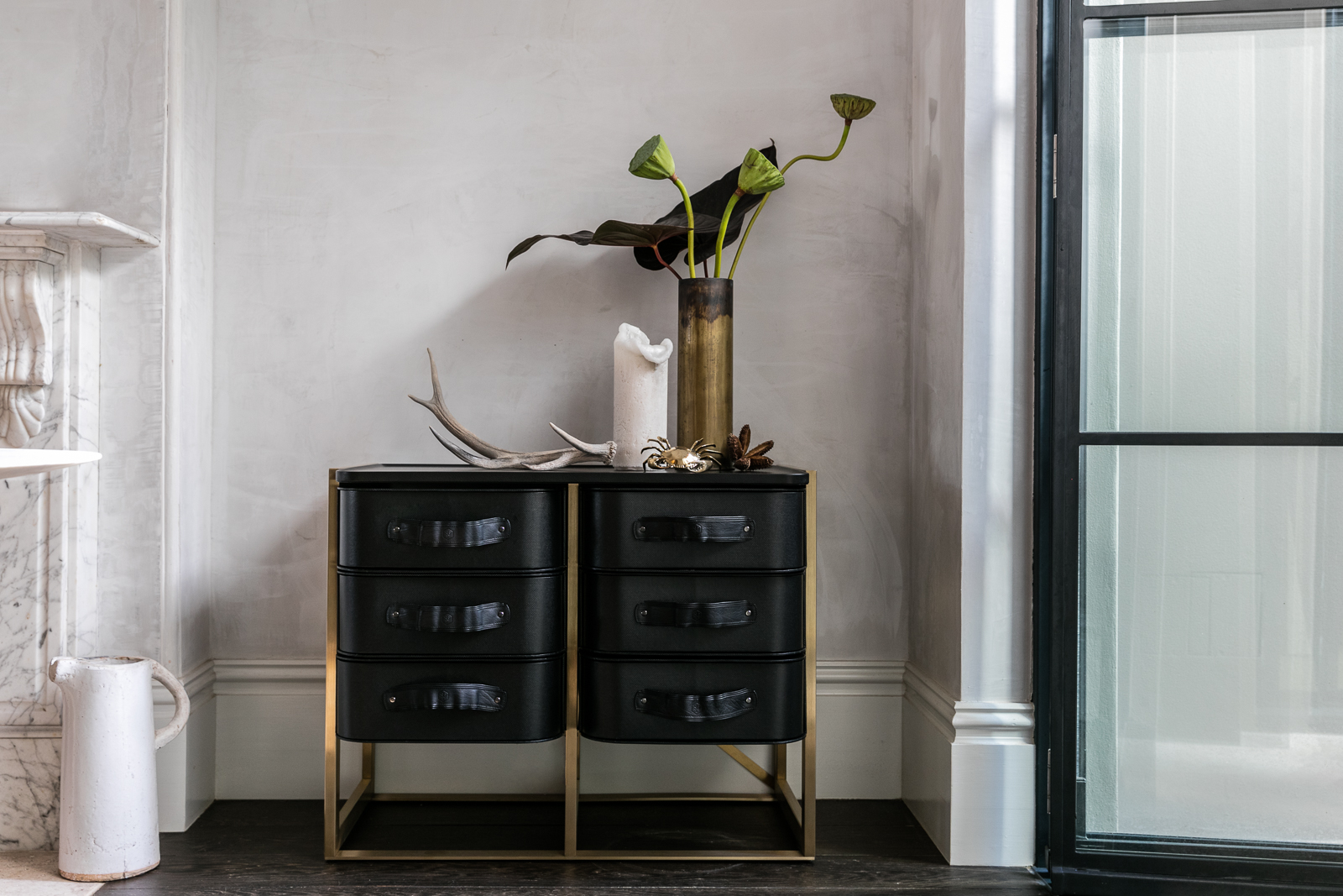The  Luxe Collection  by  Sagitine  launched at  Denfair  2017 in Melbourne. In this collection, designs are re-imagined in premium brass stand and leather cases.