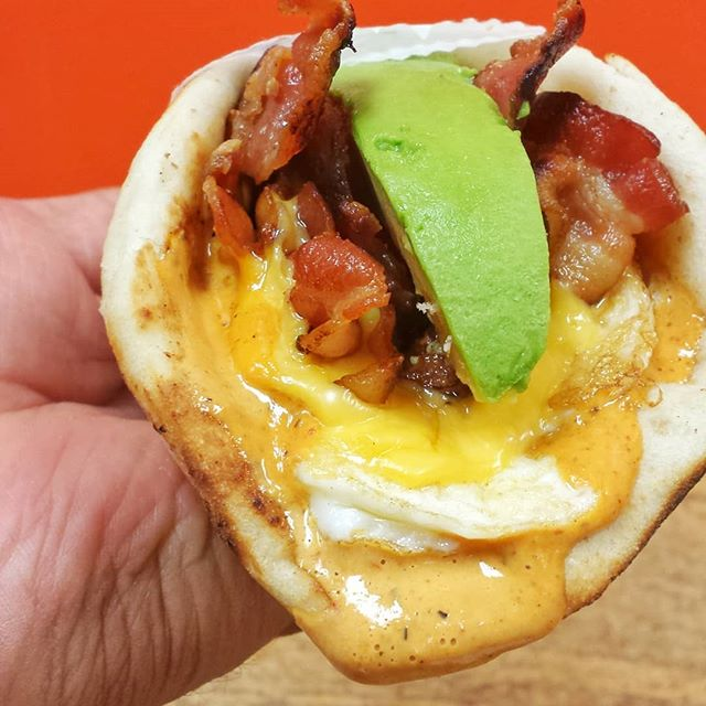 Mondays are for fresh starts.... come try our new Bacon, Eggs and Cheese on pita with Chipotle Sauce and avacado. . 📍@sandwichtimedeli 👇 Tag your friends . #motivated #mondaymood #sandwichtimedeli #avenel #keasbey #bridgewater #sohotrightnow #eeeeeats #njfood #njfoodie #forkyeah #devourpower #foodisfuel #buzzfeedfood #huffposttaste #spoonuniversity #bestofnj #breakfast #lunch #texmex