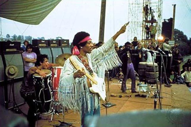 Jimi Hendrix på Woodstock med Marshall stacks