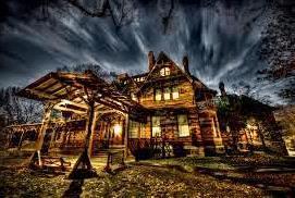 The Mark Twain House at night