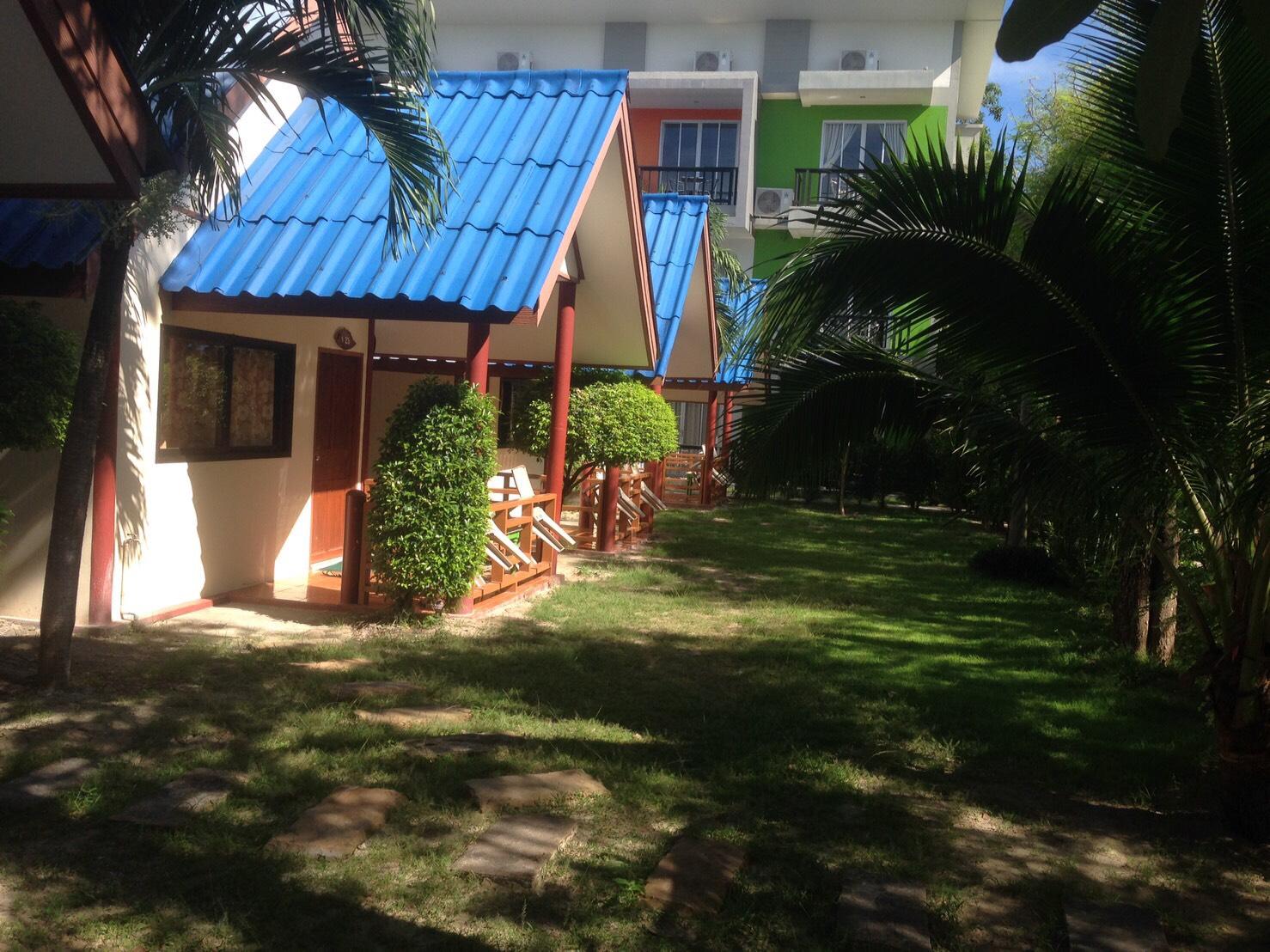 bungalo1.jpg