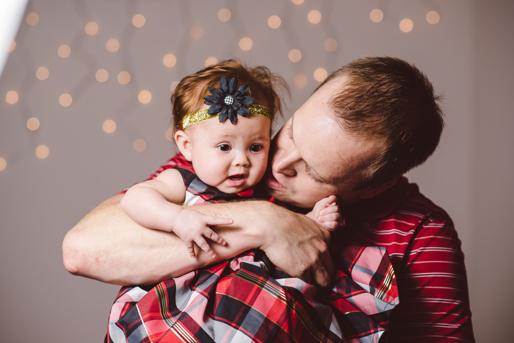 Chloe-Holiday-Portraits-010.jpg